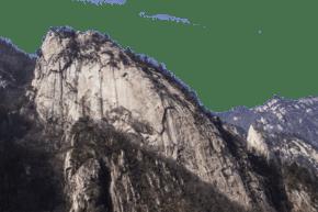 綿延起伏陡峭的大山