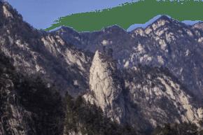 綿延起伏風景秀麗的山峰