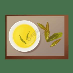 一碗黄色茶水