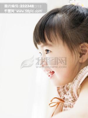 家庭生活 幸福一家 孩子 开心笑容 温馨生活